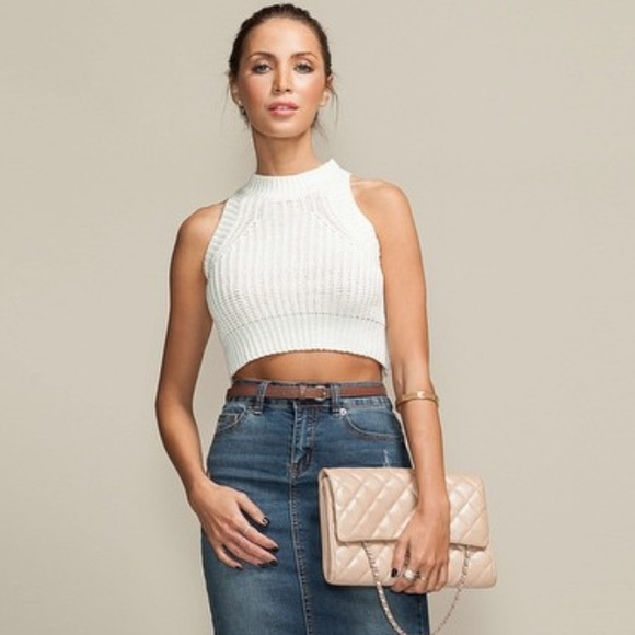 COVETED BASICS Knit Crop Top